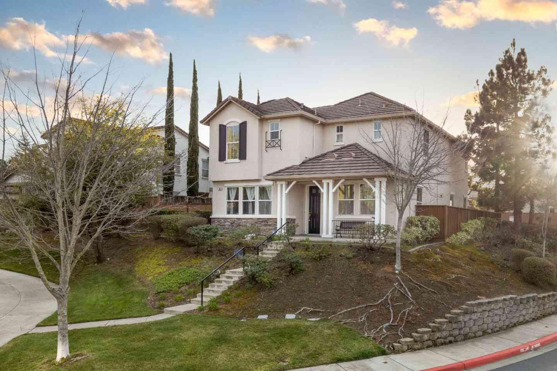 598 Dutch Elm Drive, Hercules, CA, 94547,