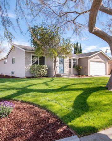 2043 Cabrillo Court Santa Clara, CA, 95051