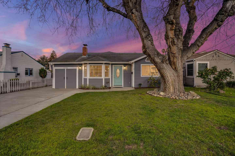 1048 Empey Way, San Jose, CA, 95128,