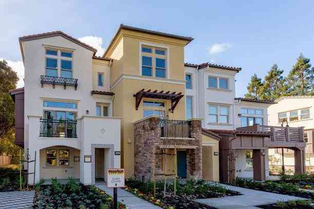 2035 San Luis Avenue, Mountain View, CA, 94043,
