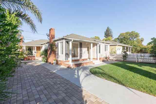 3711 Hoover Street, Redwood City, CA, 94063,
