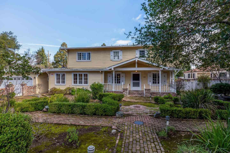 585 Cherry Avenue, Los Altos, CA, 94022,