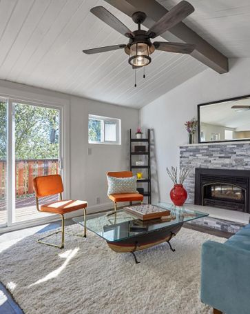 Sunny Living Room, 6950 Chambers Drive Oakland, CA, 94611