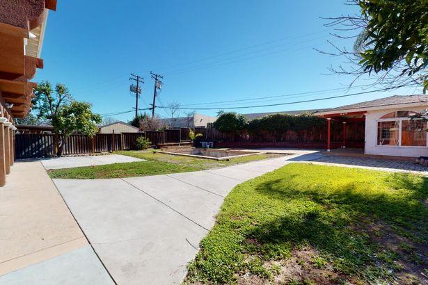 3639 Eastwood Circle