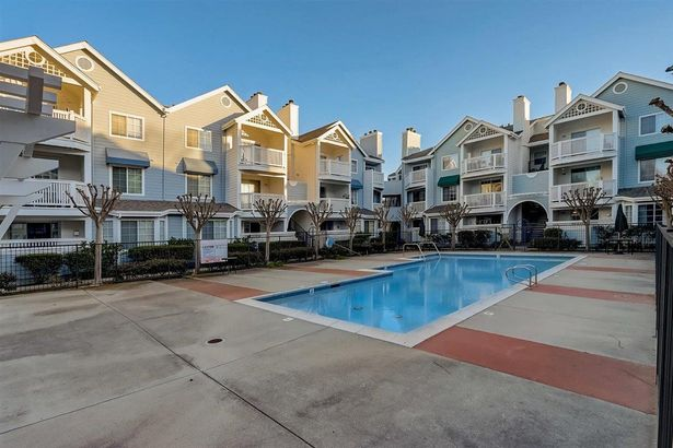 607 Arcadia Terrace #102