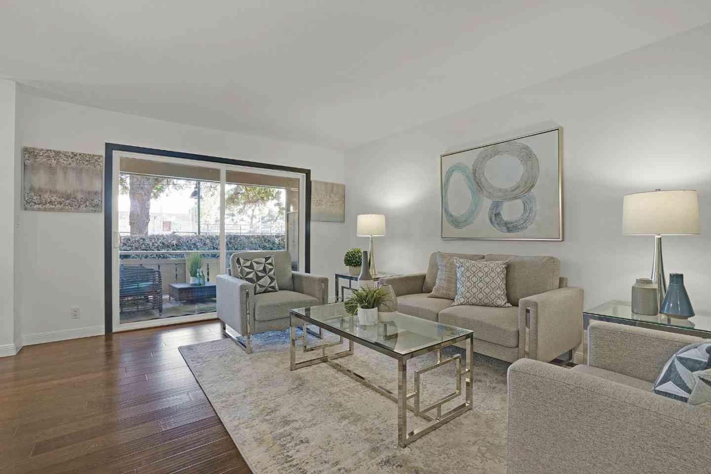255 South Rengstorff Avenue #83, Mountain View, CA, 94040,
