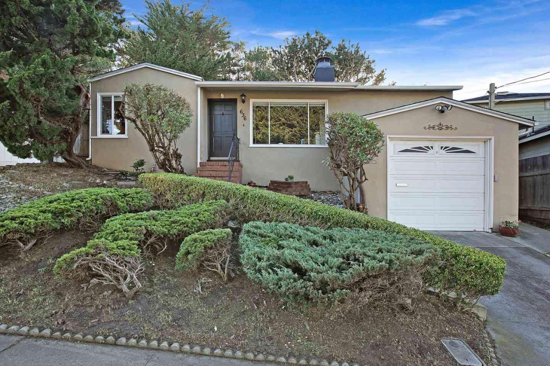 636 Edgemar Avenue, Pacifica, CA, 94044,