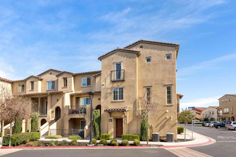 573 Holthouse Terrace, Sunnyvale, CA, 94087,