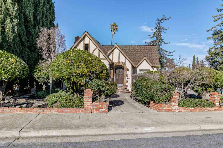 542 Parkmoor Avenue, San Jose, CA, 95128,