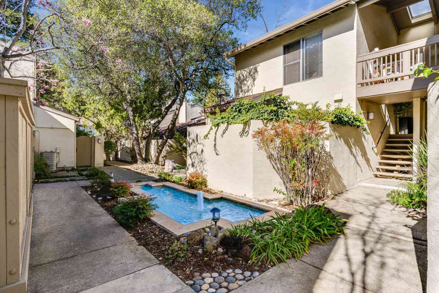 19107 Vineyard Lane, Saratoga, CA, 95070,