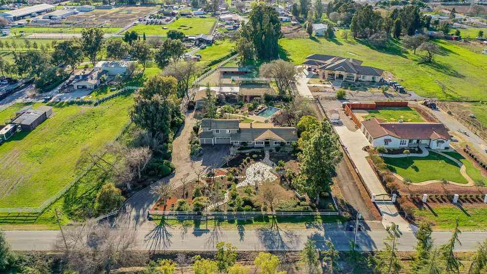 15115 Center Avenue, San Martin, CA, 95046,