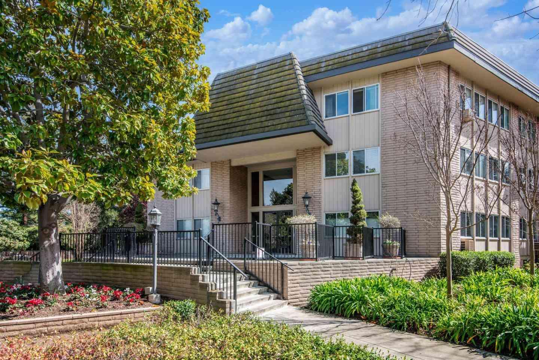 150 West Edith Avenue #7, Los Altos, CA, 94022,