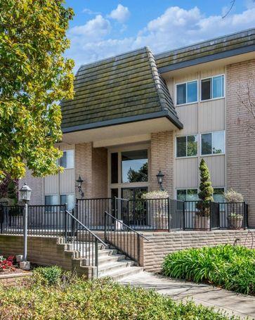 150 West Edith Avenue #7 Los Altos, CA, 94022