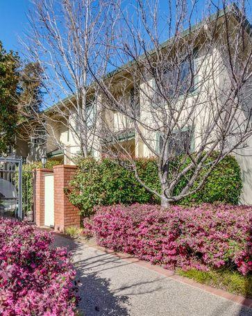 225 East Santa Inez Avenue #24 San Mateo, CA, 94401