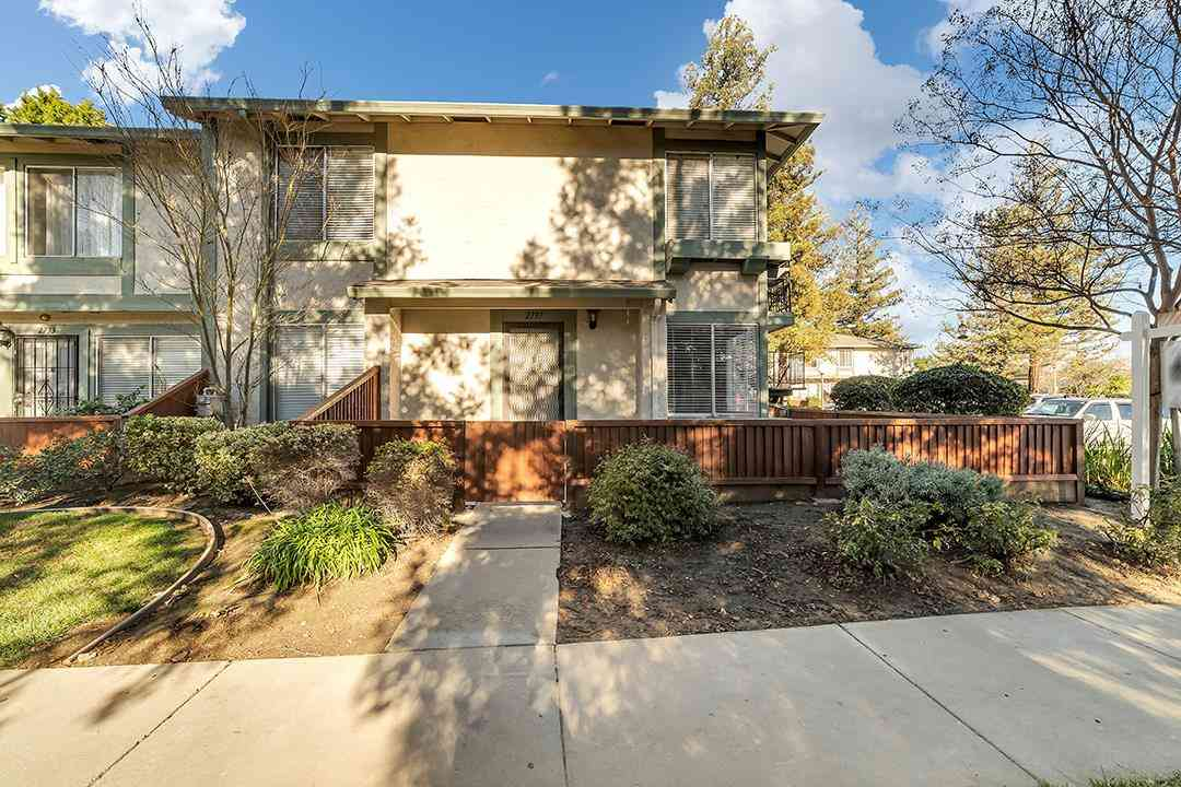 2737 Lone Bluff Way, San Jose, CA, 95111,
