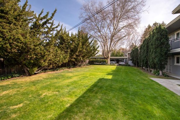 453 North Rengstorff Avenue #16