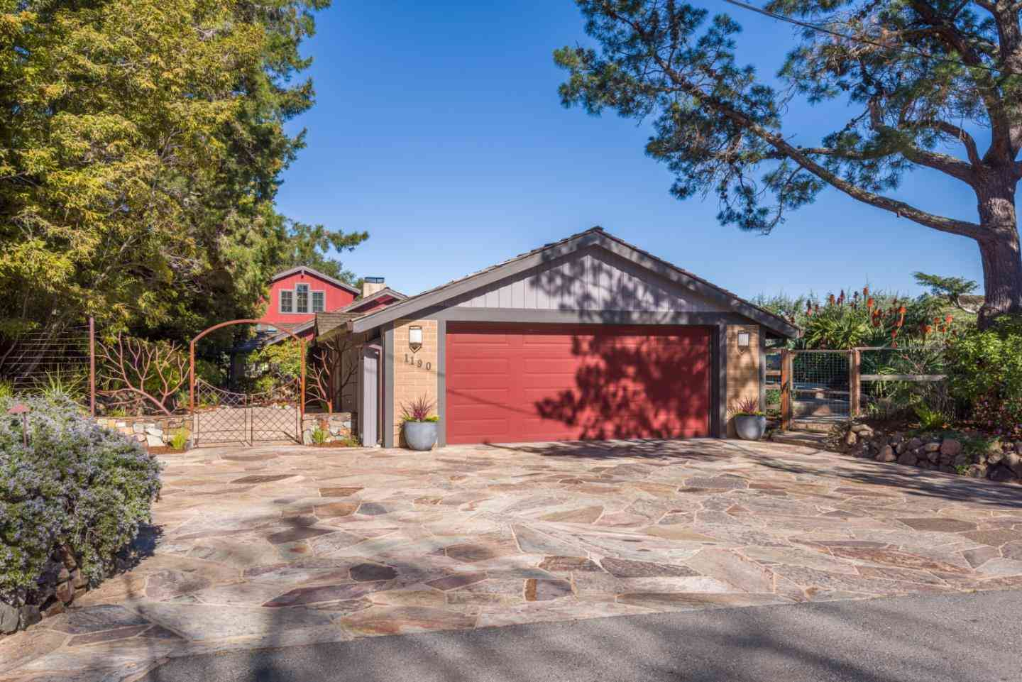1190 Palomar Drive, Redwood City, CA, 94062,