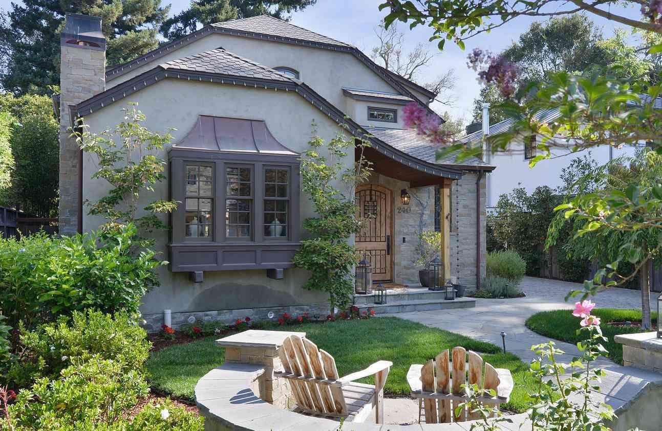 240 Princeton Road, Menlo Park, CA, 94025,
