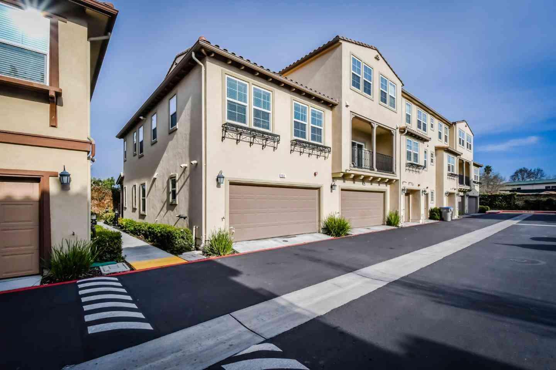1032 Victories Loop, San Jose, CA, 95116,