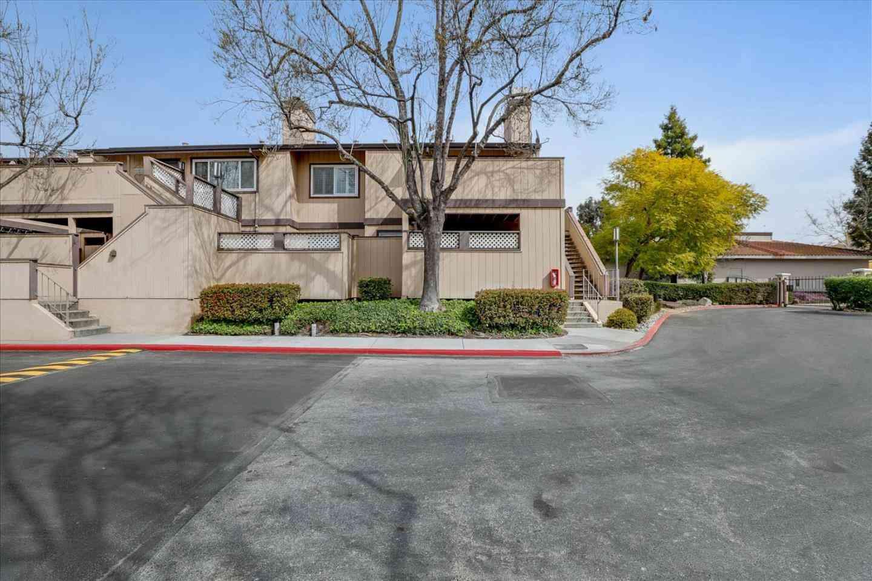 4 Silcreek Drive, San Jose, CA, 95116,