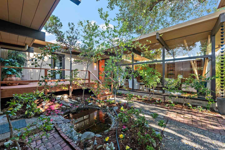 17321 Valley Oak Drive, Monte Sereno, CA, 95030,