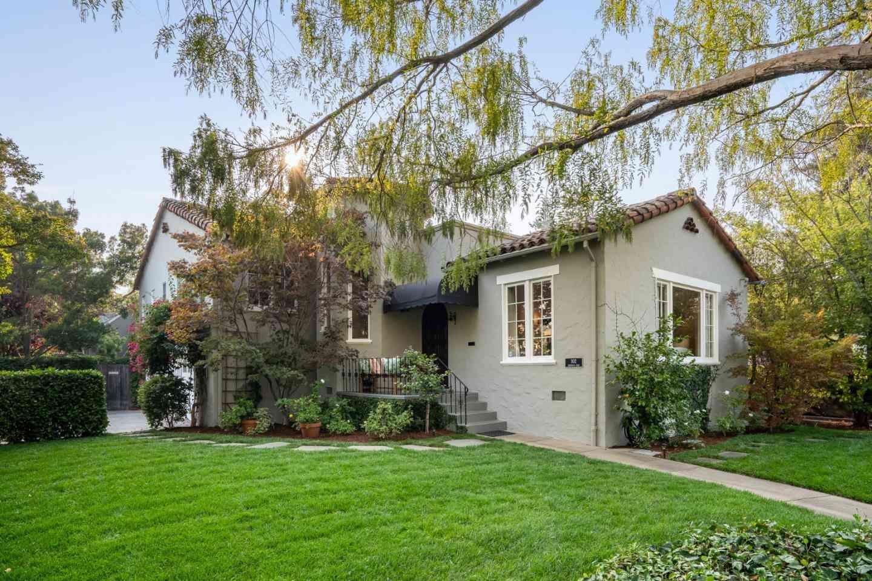 302 Edgewood Road, Redwood City, CA, 94062,