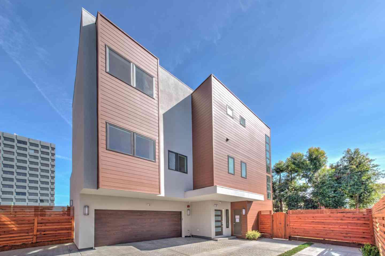 25 Lodato Avenue, San Mateo, CA, 94403,
