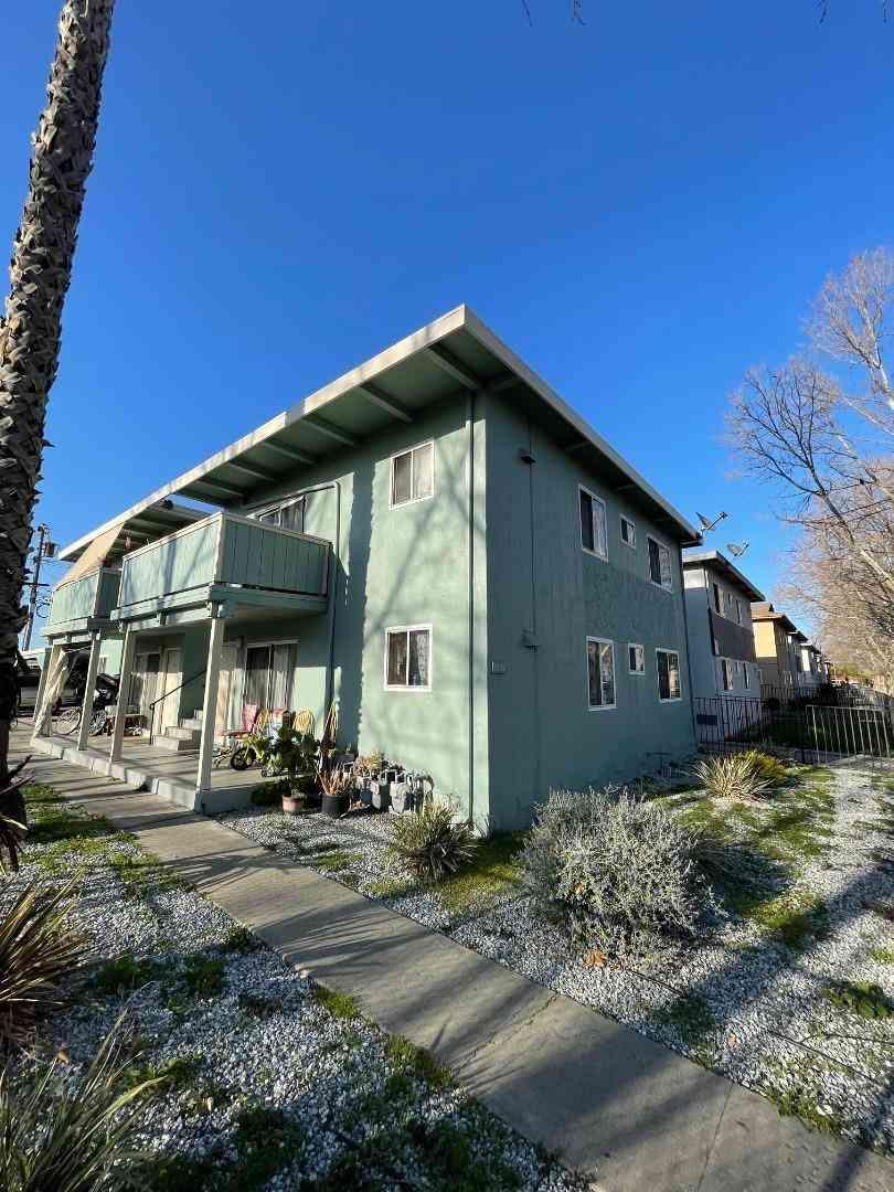 1051 Appian Lane, San Jose, CA, 95116,