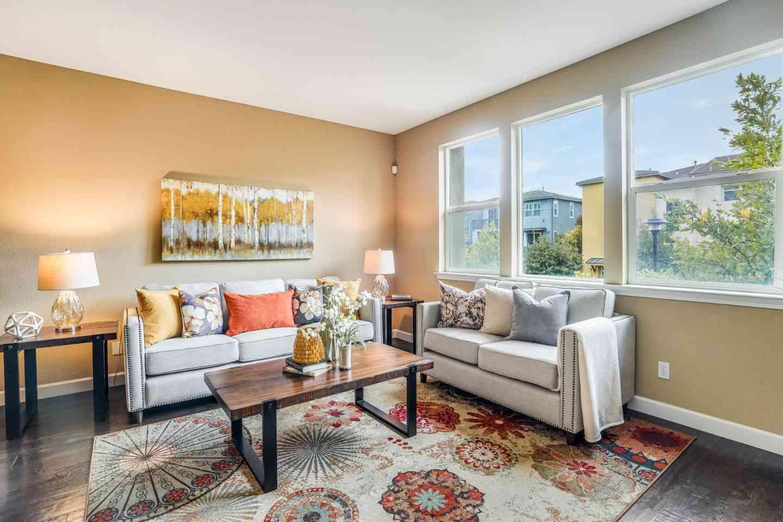 586 Santa Rosalia Terrace, Sunnyvale, CA, 94085,
