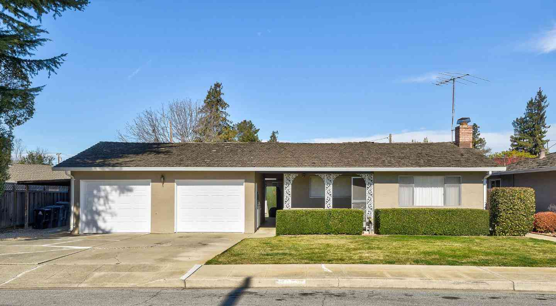 87 Starr Way, Mountain View, CA, 94040,
