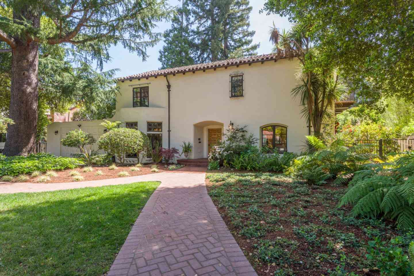 1056 University Avenue, Palo Alto, CA, 94301,