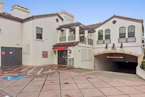 20128 Stevens Creek Boulevard #209