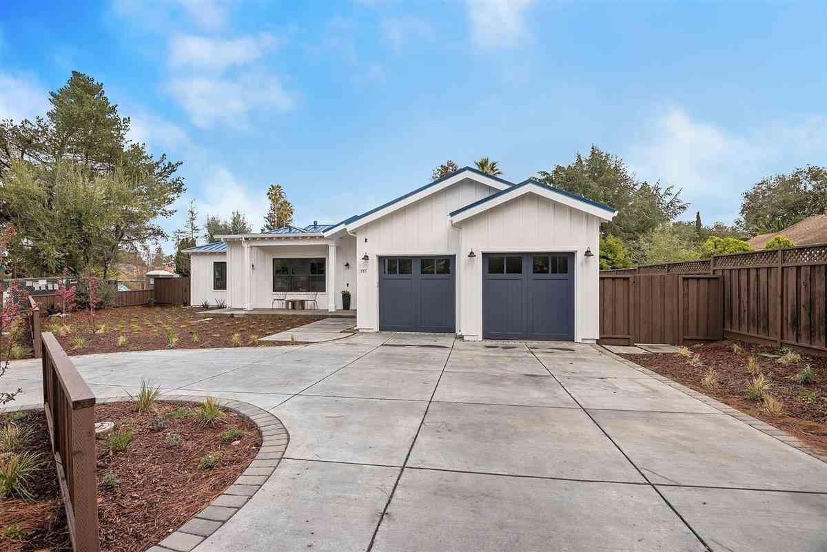 555 South El Monte Avenue, Los Altos, CA, 94022,