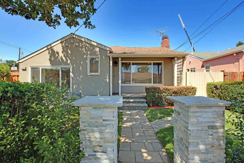 1032 Toyon Drive, Burlingame, CA, 94010,