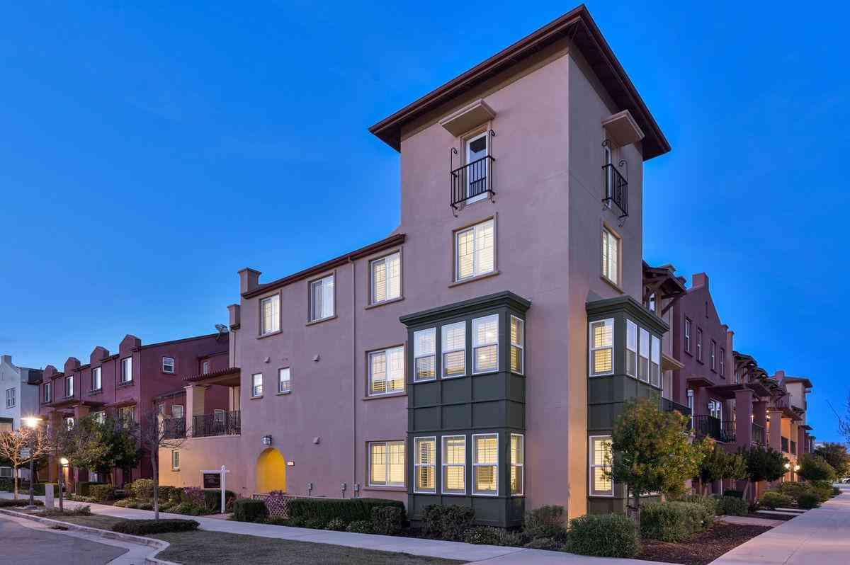 2897 Paddock Way, San Mateo, CA, 94403,