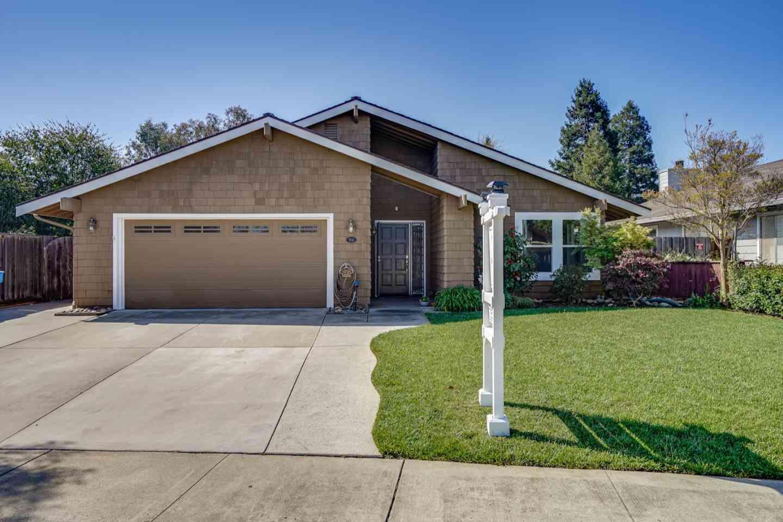 916 Howard Avenue, Gilroy, CA, 95020,