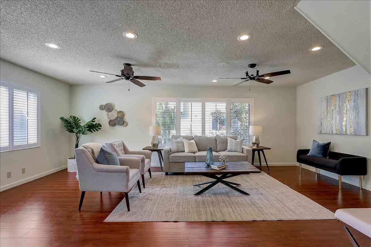 4405 Norwalk Drive #15, San Jose, CA, 95129,