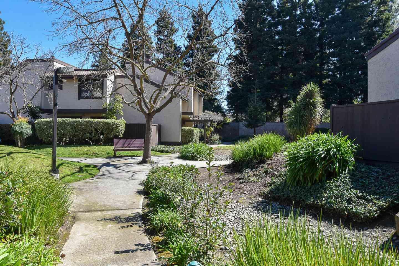 1457 Tyler Park Way, Mountain View, CA, 94040,