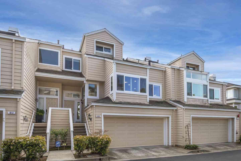 810 Sovereign Way #1403, Redwood City, CA, 94065,
