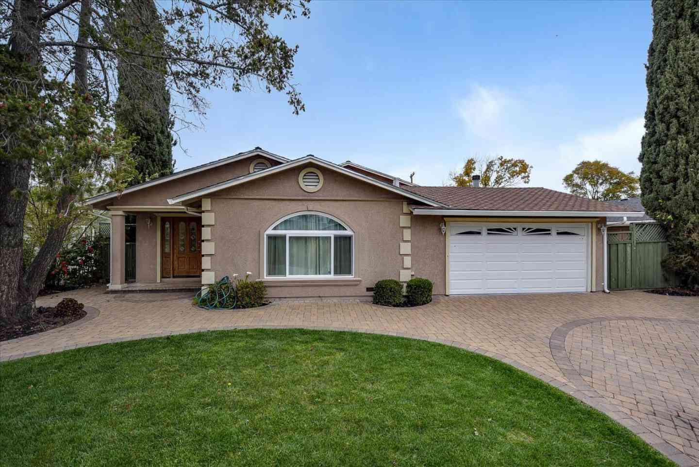 18301 Vanderbilt Drive, Saratoga, CA, 95070,