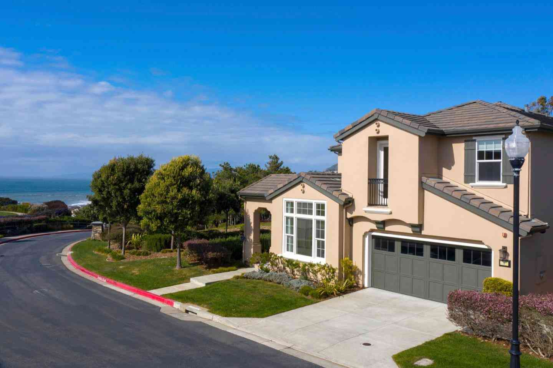 1 Connemara Drive, Pacifica, CA, 94044,