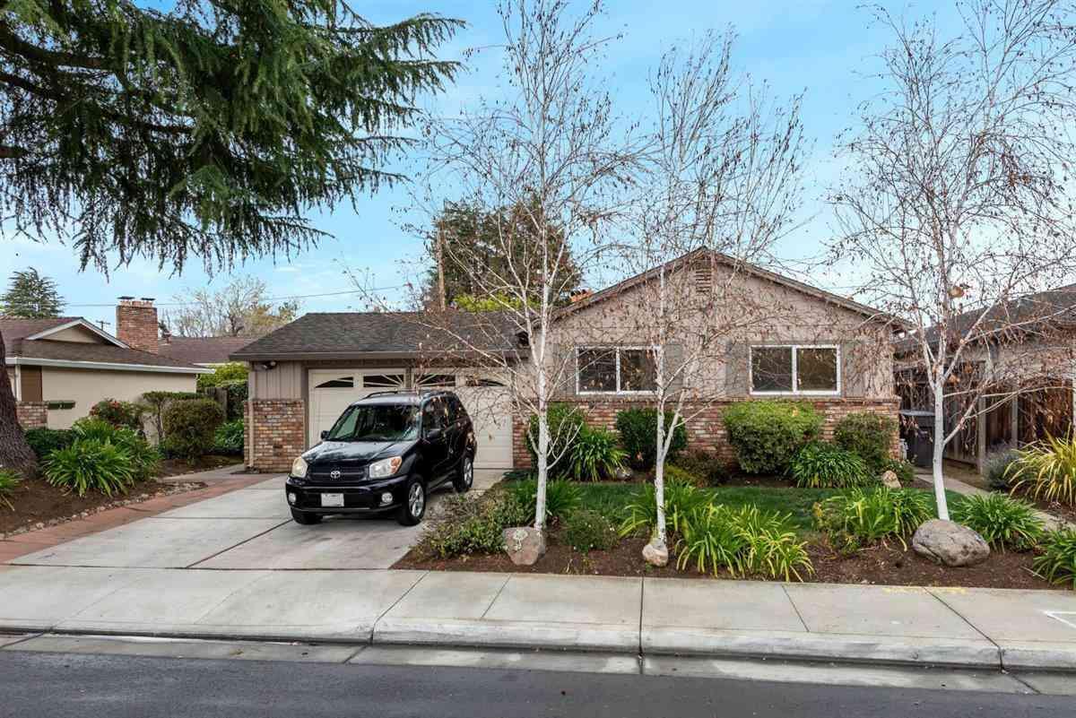 826 Cuesta Drive, Mountain View, CA, 94040,