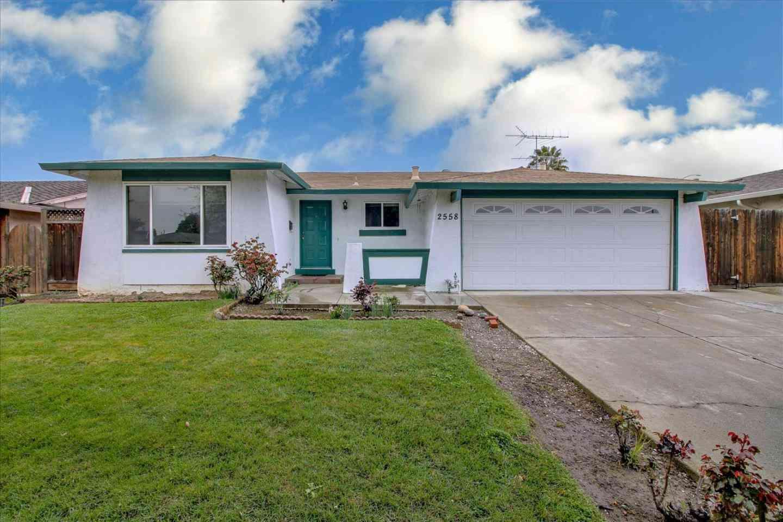 2558 Loomis Drive, San Jose, CA, 95121,