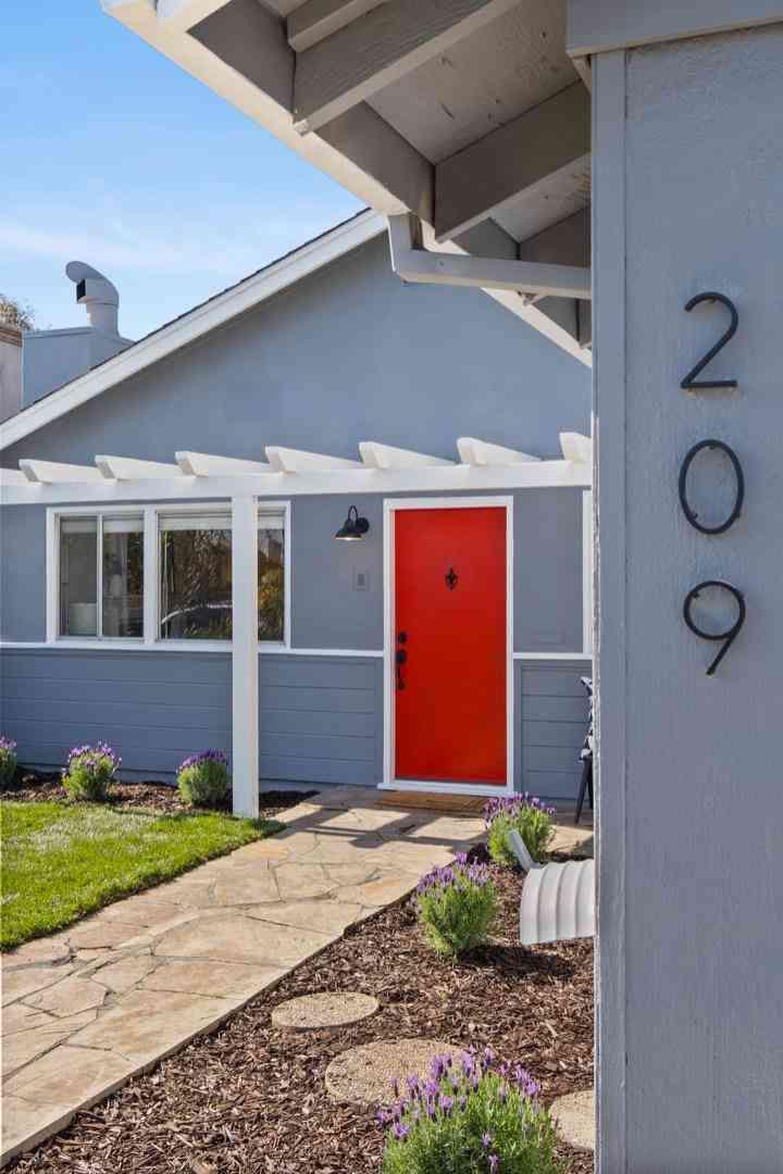 209 Hiller Street, Belmont, CA, 94002,
