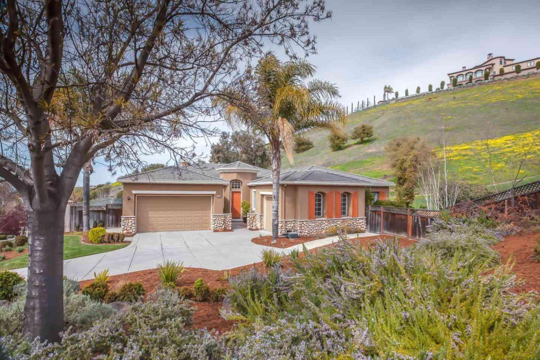 5820 Gleneagles Drive, San Jose, CA, 95138,