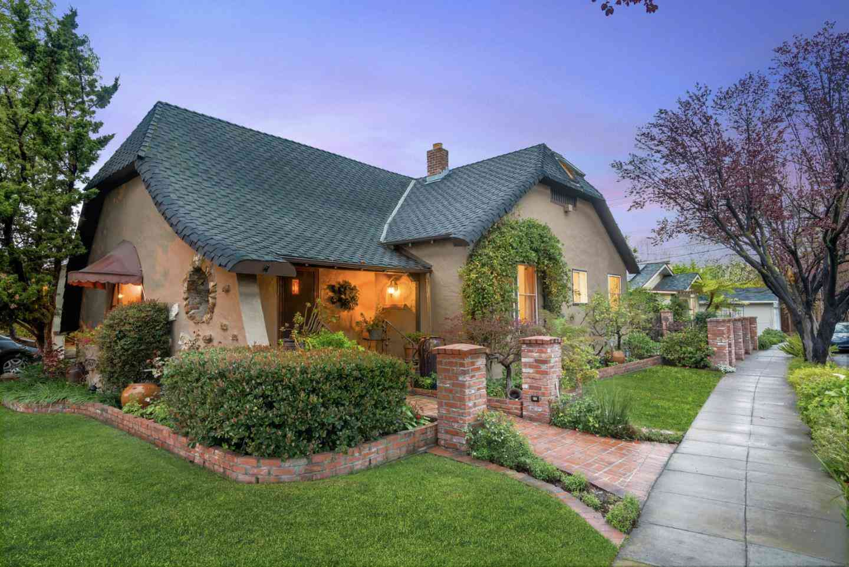 1301 Mariposa Avenue, San Jose, CA, 95126,
