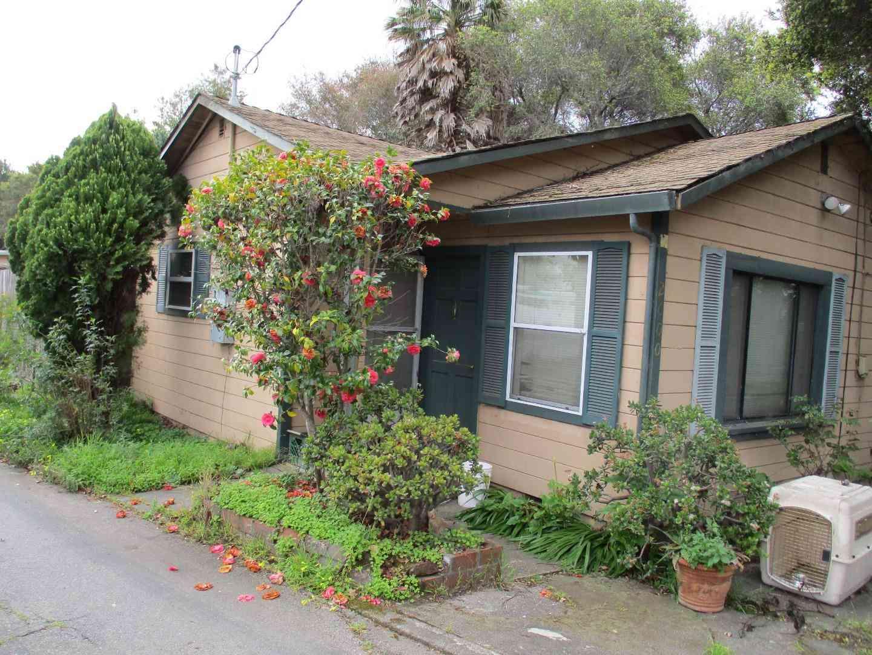 2600 17th Avenue, Santa Cruz, CA, 95065,