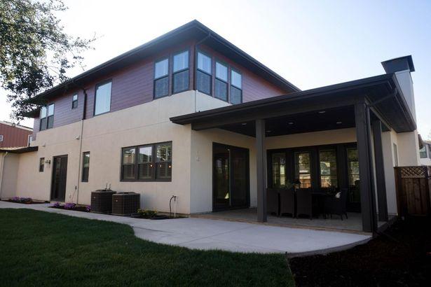 1140 Meadows Court