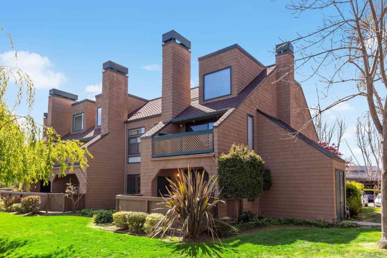 83 Pelican Lane, Redwood City, CA, 94065,