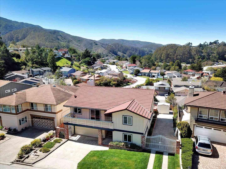 13 Barton Place, Pacifica, CA, 94044,